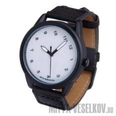 Часы Mitya Veselkov Наклонный циферблат на белом