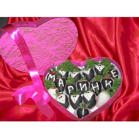 Коробка  сердце с фруколадками