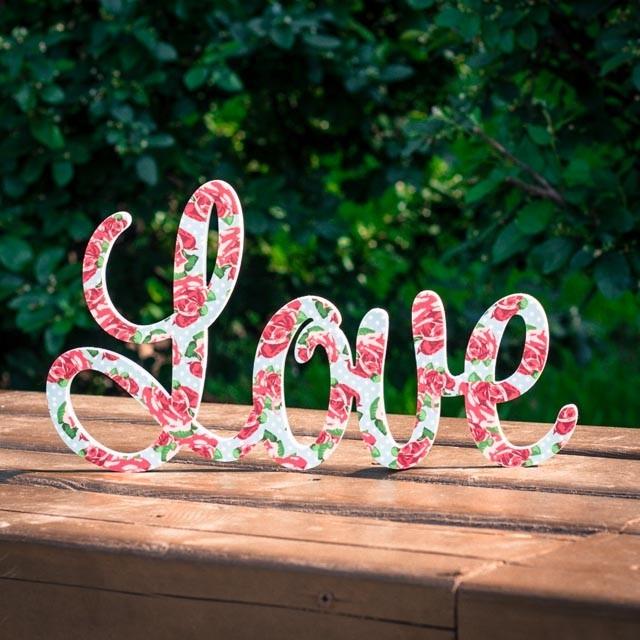 Буквы на свадьбу – слово love (с печатью)
