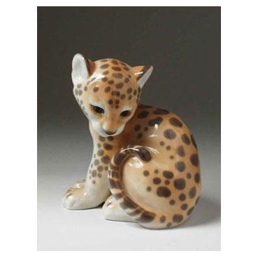 Анималистическая скульптура «Маленький леопард»