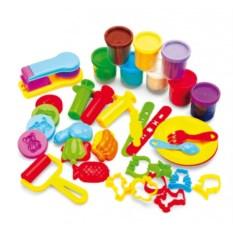 Набор пластилина с формочками «Креативный пластилин»