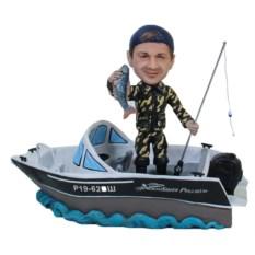 Статуэтка рыбака по фото На яхте