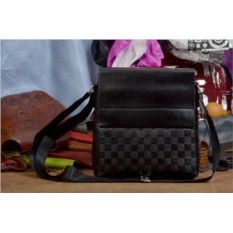 Черная сумка-планшет Крис коллекции Eclat