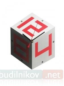 Настенные часы Кубик