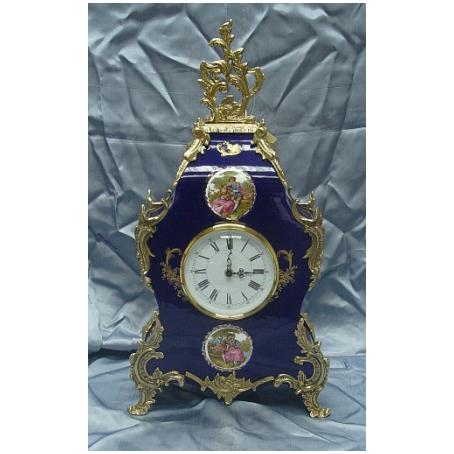 Часы каминные Венера