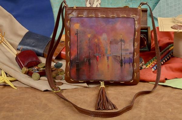 Женская сумка-планшет с принтом Улочка в пастельных тонах