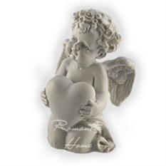 Статуэтка Ангелочек с сердцем