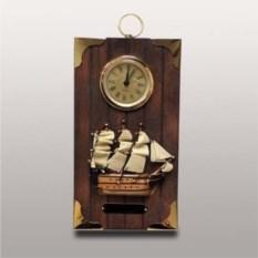 Настенные часы в морском стиле