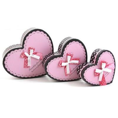 Коробка — сердце 3 в 1, розовая с кружевом