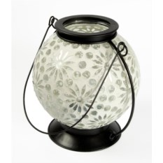 Декоративный фонарь-подсвечник белого цвета