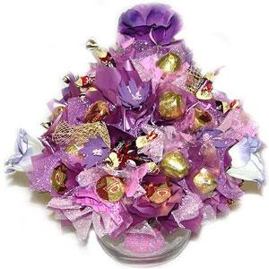 Букет из конфет «Сиреневое очарование»