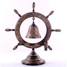 Большой колокол на штурвале