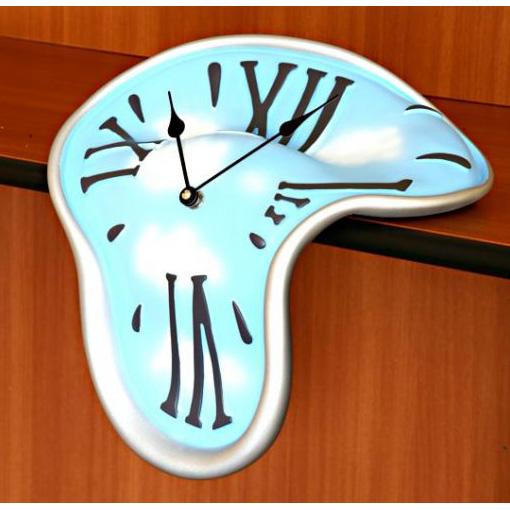 Часы «Расплавленное время»