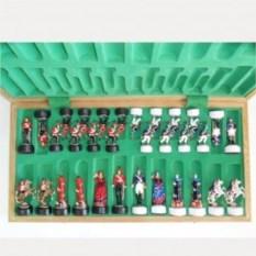 Шахматный комплект из дуба и керамики Бородино