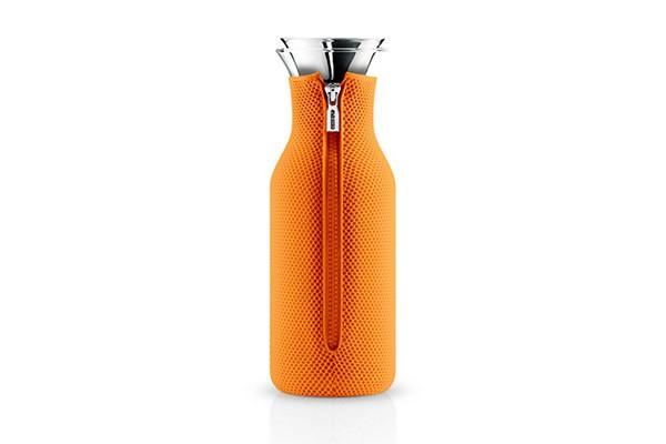 Оранжевый графин в неопреновом чехле Fridge 1 л