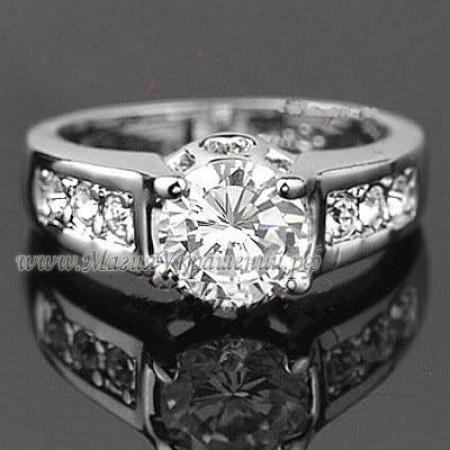 Кольцо с кристаллами Сваровски (Swarovski)