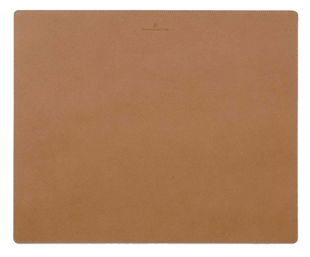 Коричневое кожаное покрытие на стол Graf von Faber-Castell