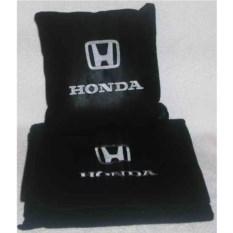 Черный плед с белой вышивкой Honda
