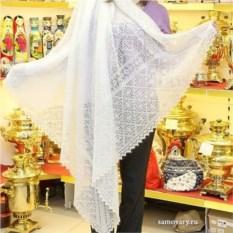 Белый оренбургский пуховый платок