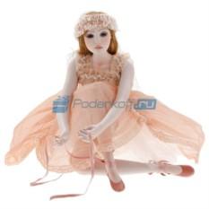 Фарфоровая кукла Carla