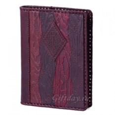 Бордовый кожаный ежедневник