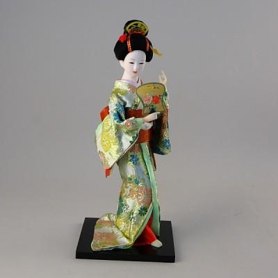 Коллекционная фарфоровая фигурка гейши в светлом кимоно