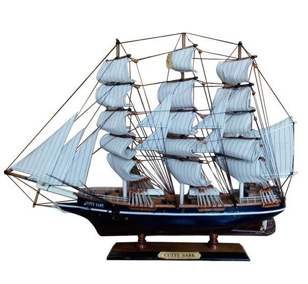 Модель парусного корабля Cutty Sark
