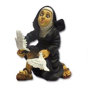 Фигурка монахини