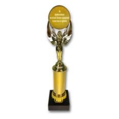 Наградная статуэтка За проявленные на полях бизнес-сражений мужество и героизм