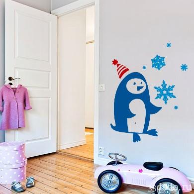 Интерьерная наклейка Пингвин и снежинки