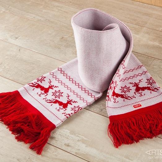 Мужской шарф Северные олени (красный рисунок)