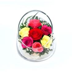 Букет-композиция из натуральных орхидей и роз в стекле