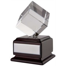Наградная стела Вращающийся куб