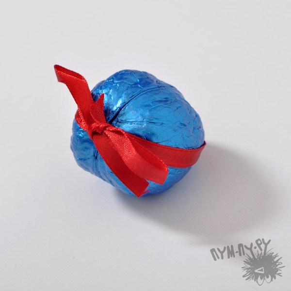 Шкатулка-орешек (синяя)