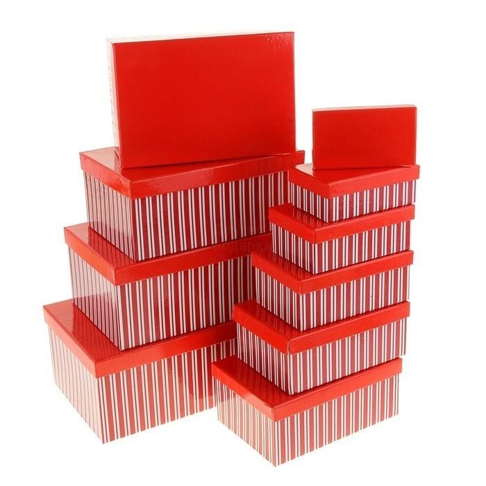 Подарочная коробка Красная с полосками