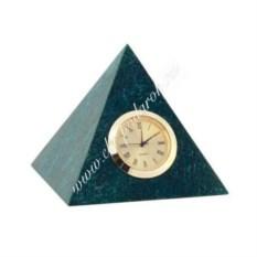 Часы из змеевика Средняя пирамида