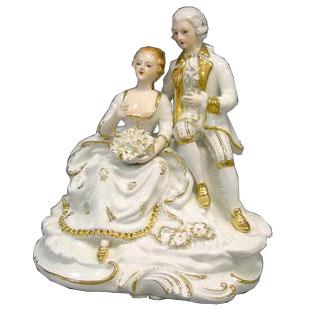 Статуэтка влюблённая пара