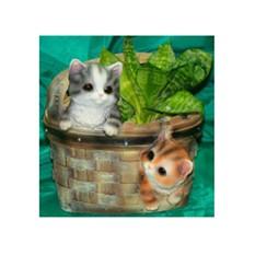 Кашпо «Котята в треугольной корзине»