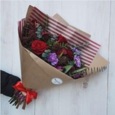 Сборный букет с каллами, розами и тюльпанами