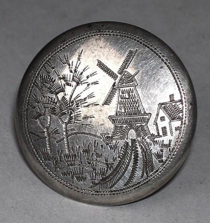 Антикварная брошь из серебра Пейзаж с мельницей