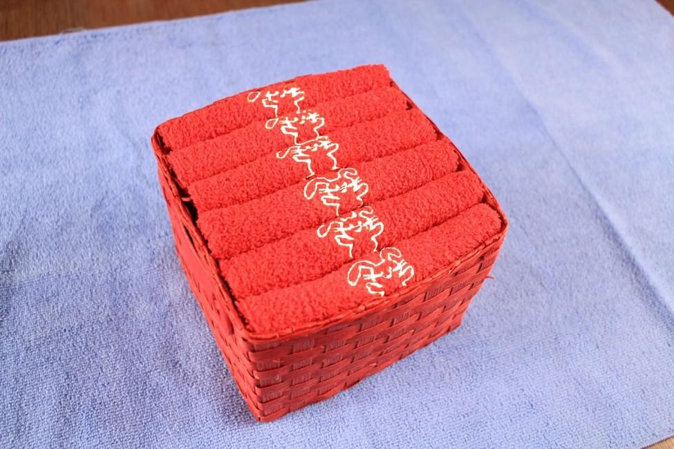 Красное полотенце Bunny от Arya