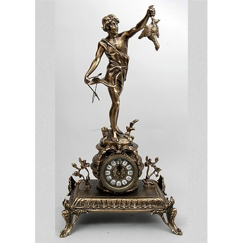 Часы каминные бронзовые Охотник с дичью