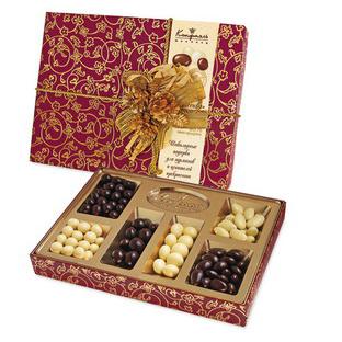 Шоколадный новогодний набор «Ореховая фантазия»