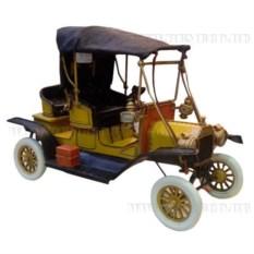 Модель автомобиля Yellow Ford car 1912 года