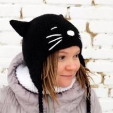 Вязаная шапка Кошечка