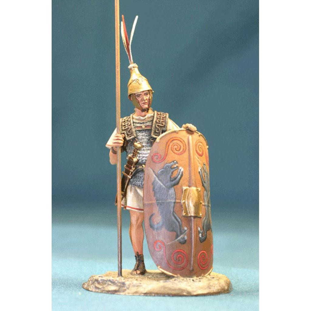 Оловянный солдатик: римлянин в шлеме с перьями