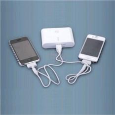 Портативный аккумулятор с двумя USB-выходами