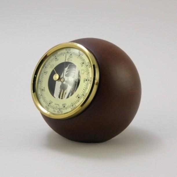 Настольный барометр. Цвет — орех