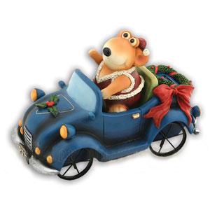 Мышонок на машине