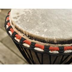 Игра на этнических барабанах